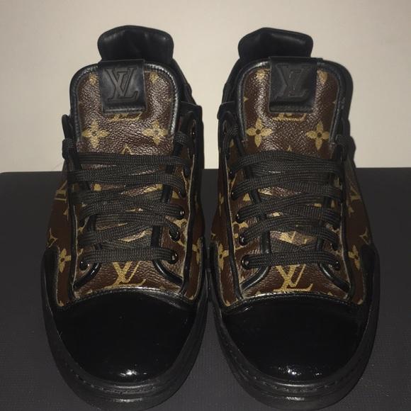 33b032d7d5 Org Flower Print Men Louis Vuitton Sneakers 9 1/2